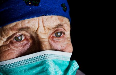 حفاظت از سالمندان در برابر ویروس کرونا